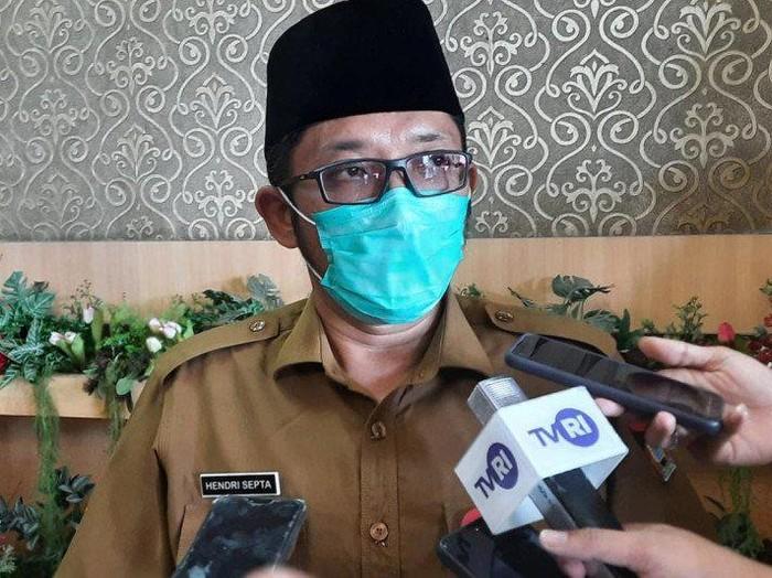 Pelaksana Tugas (Plt) Wali Kota Padang Hendri Septa