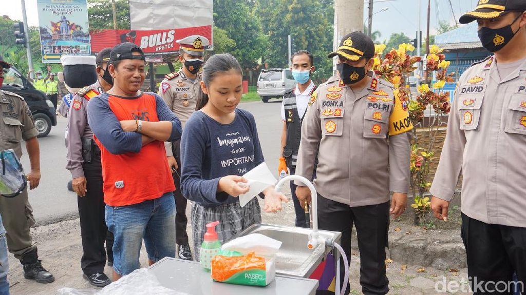 Operasi Yustisi di Mojokerto Juga Tebar Pesan Patuh Prokes Wujud Toleransi