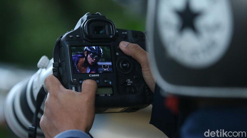 Cerita Fotografer Cari Makan dari Booming Gowes