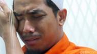 Ragam Ekspresi Ustadz Maaher di Polisi