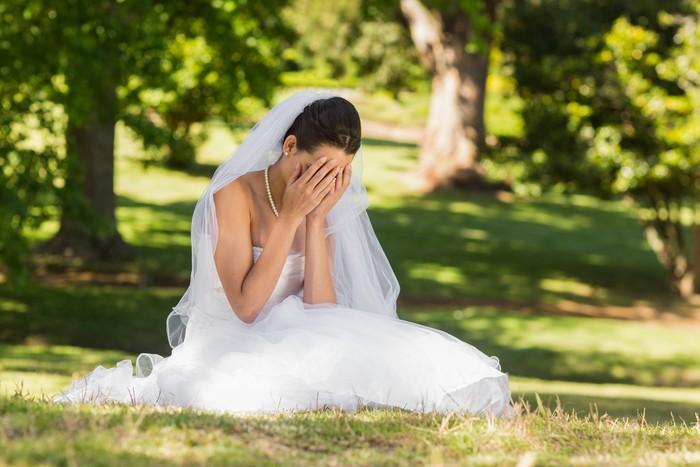 Ilustrasi wanita yang batal menikah.