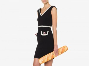 Moschino Diejek Netizen, Jual Tas Rp 14 Jutaan yang Bentuknya Mirip Roti