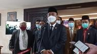 Pantun Ketua DPRD ke Anies: Boleh Bercita-cita tapi Selesaikan Dulu Jakarta