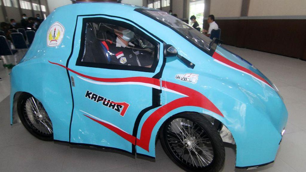 Keren! Ini Mobil Listrik Karya Mahasiswa Pontianak