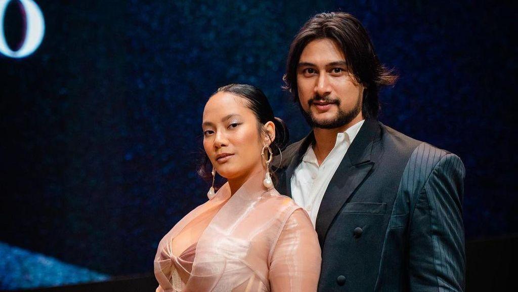 Tara Basro Nyanyi di Kasur, Kemesraannya dengan Suami Malah Bikin Gemas