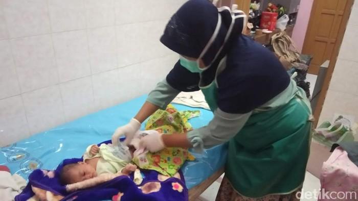 penemuan bayi di lamongan