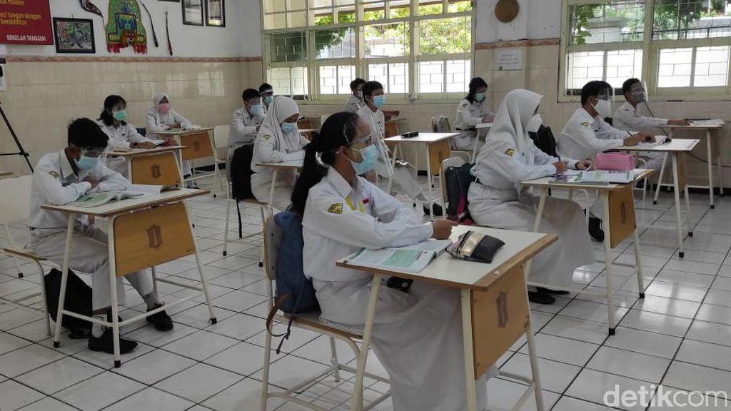 Saat Wali Murid di Surabaya Masih Keberatan dengan Sekolah Tatap Muka