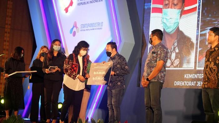 Lima startup menjadi juara dalam kompetisi Startup4Industry 2020. Mereka adalah DycodeX, Widya Robotics, Amiga, Mokko Otomasi Indonesia, dan AturToko.