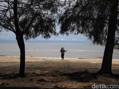 Pantai Lapin, Ikon Rupat yang Memanjang Hingga 17 Km