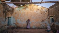 Perang saudara membuat ribuan warga Ethiopia mengungsi ke Sudan. Para pengungsi itu bertahan hidup di tengah keterbatasan bantuan obat-obatan di pengungsian.