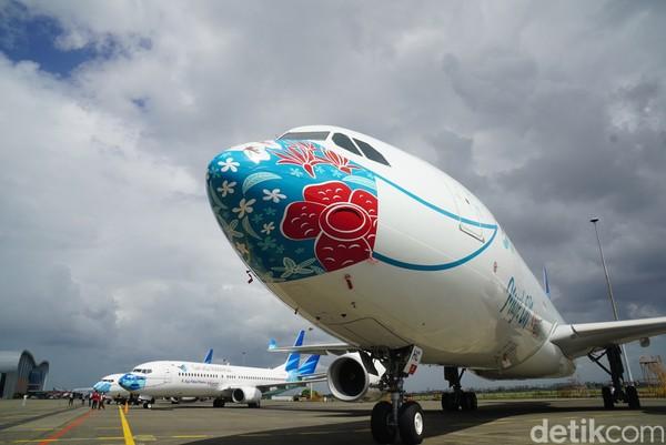 Potret Pesawat Garuda Indonesia yang 'Bermasker' Baru