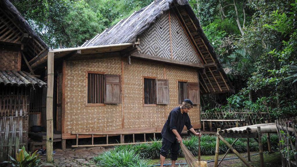 7 Rumah Adat Jawa Barat Lengkap dengan Keunikannya