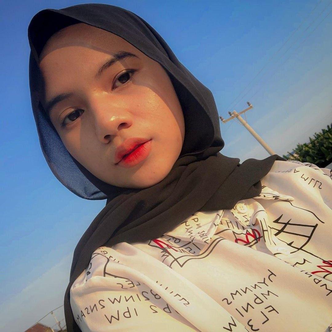 Selebgram hijab asal Medan, Ayu Fadilah Lubis viral di media sosial