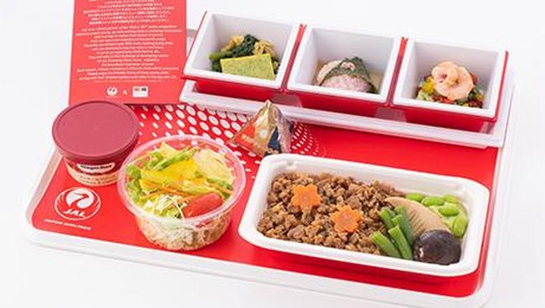 Makanan pesawat Japan Airlines
