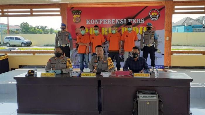4 Pemuda di Aceh ditangkap.
