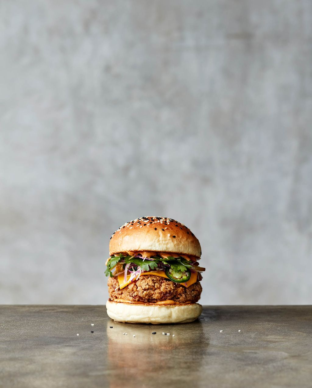 Gurih Juicy Burger Al Capone dan Chook Knight dari Bali Ada di Sini