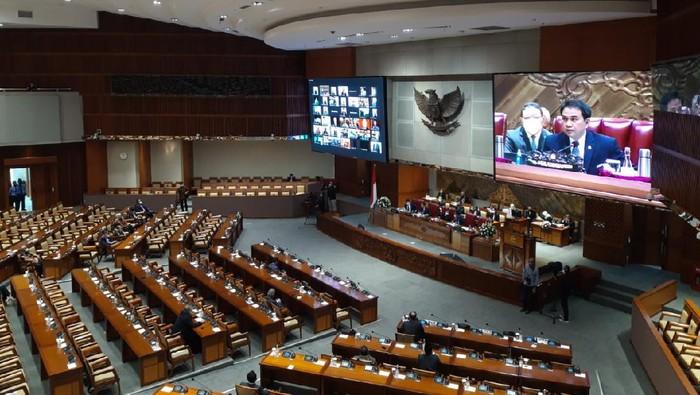 Paripurna penutupan masa sidang DPR, Jumat (11/12/2020)