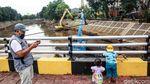 Antisipasi Banjir Ciliwung Dikeruk