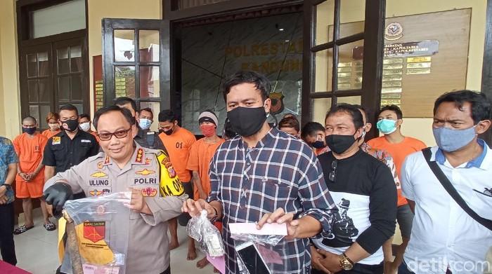 Polrestabes Bandung menangkap 20 pelaku kejahatan dalam kurun 10 hari