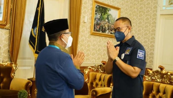 Sekjen PAN yang juga Anggota DPR Dapil Cianjur Eddy Soeparno bertemu Bupati Cianjur terpilih versi Quick Count H. Herman Suherman di Pendopo Kabupaten Cianjur, Jumat (11/12/2020).