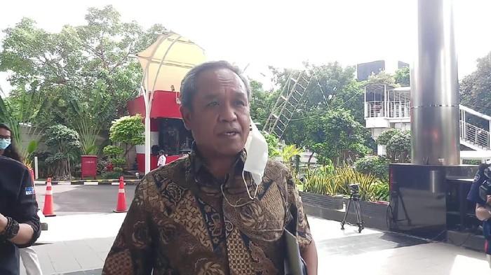Waketum PD Benny K Harman usai diskusi di KPK