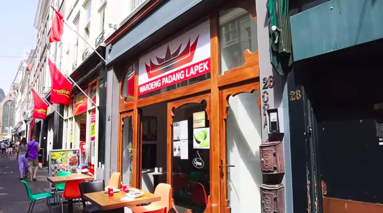 Waroeng Padang Lapek, Tempat Cicip Nasi Padang Autentik di Den Haag