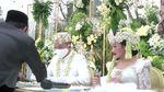 Momen Bahagia hingga Haru di Pernikahan Yura Yunita dan Donne Maula