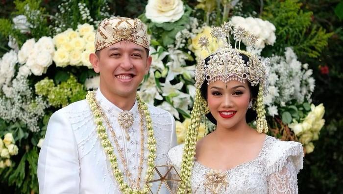 Yura Yunita Menikah