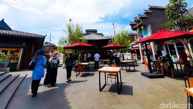 Pantjoran PIK, Kawasan Kuliner Pecinan Baru yang Hits di Jakarta