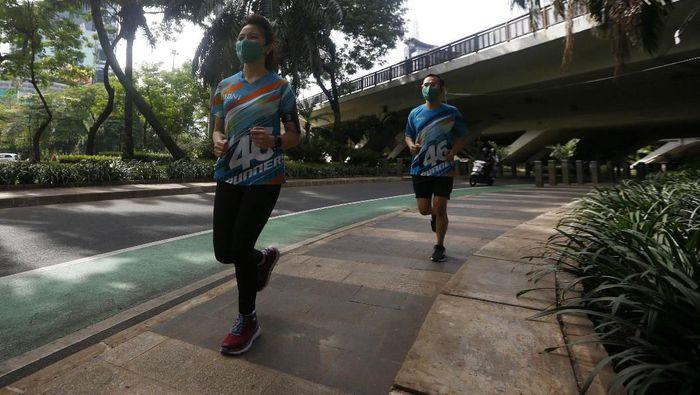 BNI, Yayasan Solidarity Forever dan ITB menggelar BNI-ITB Virtual Ultra Marathon 2020. Lomba lari ini diikuti lebih dari 5.000 pelari.