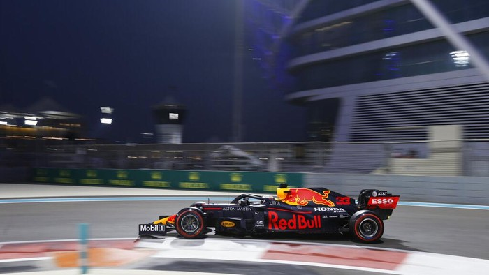Red Bull driver Max Verstappen of the Netherlands in action during the qualifying at the Yas Marina racetrack in Abu Dhabi, United Arab Emirates, Saturday , Dec. 12, 2020. The Emirates Formula One Grand Prix will take place on Sunday. (Hamad Mohammed, Pool via AP)