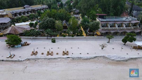 Gili Trawangan yang terletak di provinsi Nusa Tenggara Barat (NTB) adalah salah satu tujuan wisata favorit bagi turis lokal maupun mancanegara saat liburan ke Lombok. Namun, objek wisata favorit itu kini terlihat sepi.