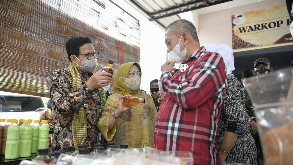 Mendes Buka Peluang Swasta Tangani Produk BUMDes