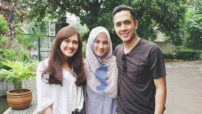 Alyssa Soebandono bersama dengan kakak laki-lakinya yang memilih pindah keyakinan, Ananda Soebandono (kanan)