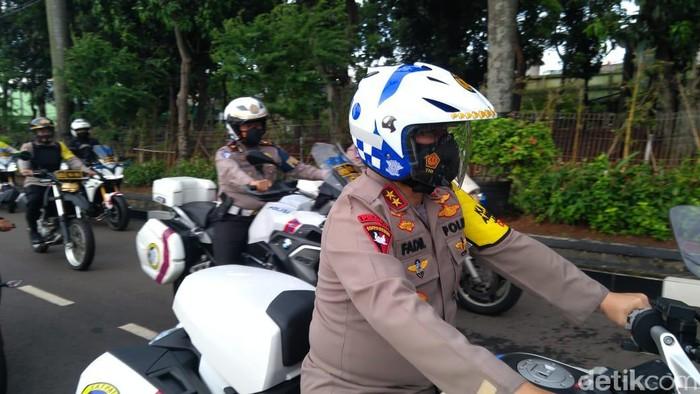 Kapolda Metro Jaya Irjen Fadil Imran patroli keliling Jakarta naik motor (Adhyasta Dirgantara/detikcom).