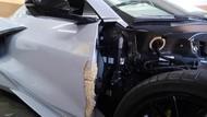 Mi Instan Dipakai Buat Tambal Body Mobil yang Rusak