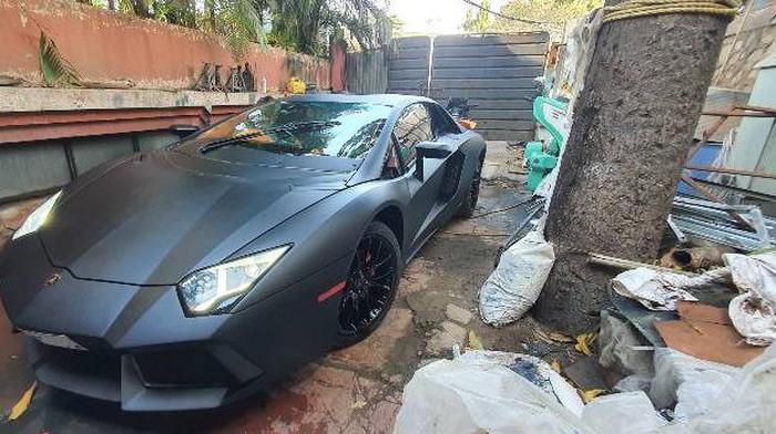 Modifikasi Honda Civic jadi Lamborghini Aventador