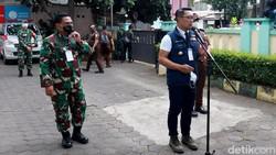 Gubernur Jawa Barat Ridwan Kamil kembali datangi Puskesmas Garuda di Kota Bandung. Kedatangannya untuk menjalani uji klinis vaksin COVID-19 Sinovac.