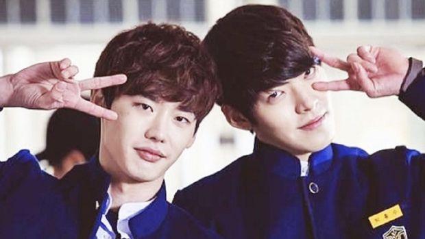 Lee Jong Suk and Kim Woo Bin (Tangkapan Layar Allkpop)