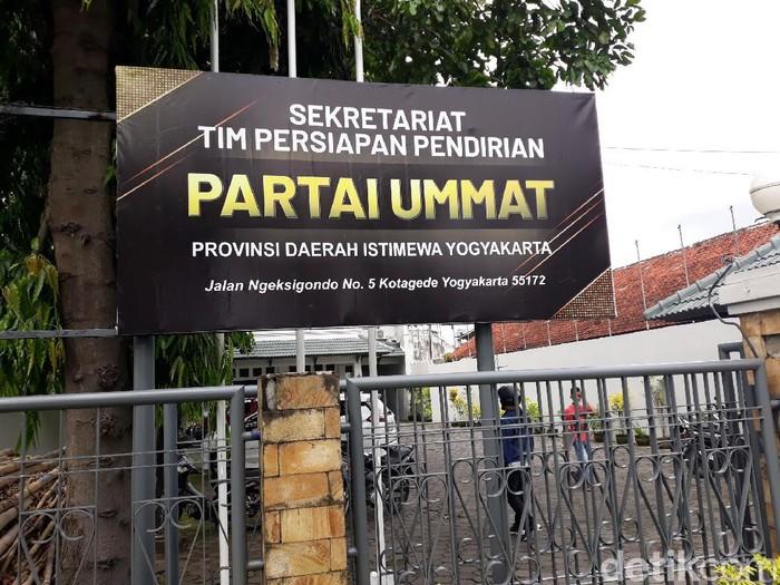 Partai Ummat duduki kantor DPW PAN DIY.