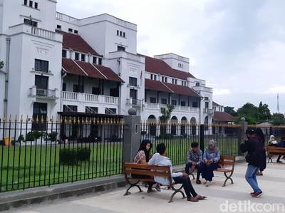 Atraksi Wisata Tegal, Alun-alun, Sampai Pantai Masih Dibuka