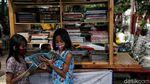 Anak-anak Rusun Koja Mengenal Dunia Lewat Ruang Baca