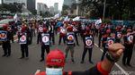 Buruh Gelar Aksi Kawal Judicial Review Omnibus Law