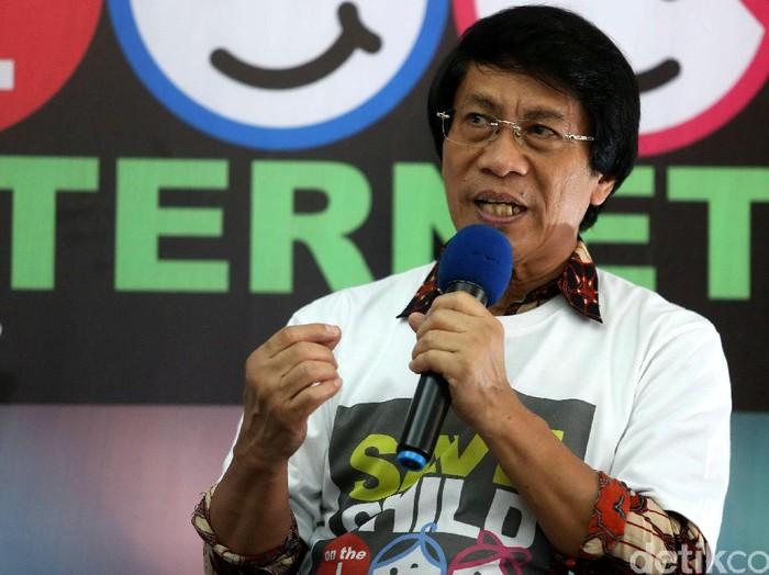 Direktorat Reserse Kriminal Khusus Direskrimsus Polda Metro Jaya menginisiasi membuat gerakan Save Child On The Internet di Jakarta, Jumat 03062016. Save Child On The Internet merupakan gerakan yang dibuat oleh Direktorat Reserse Kriminal Khusus Polda Met