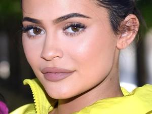 Kalahkan Kanye West, Kylie Jenner Jadi Pesohor Berbayaran Tertinggi 2020