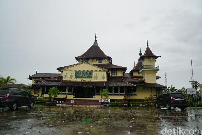 Masjid Jami Keraton Sambas