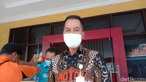 Plt Bupati Kudus HM Hartopo kepada wartawan di temui di lingkungan pendapa Kabupaten Kudus, Rabu (16/12/2020).