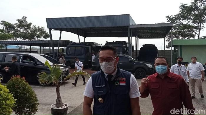 Ridwan Kamil datangi Polda Jabar untuk diminta keterangan kerumunan Megamendung