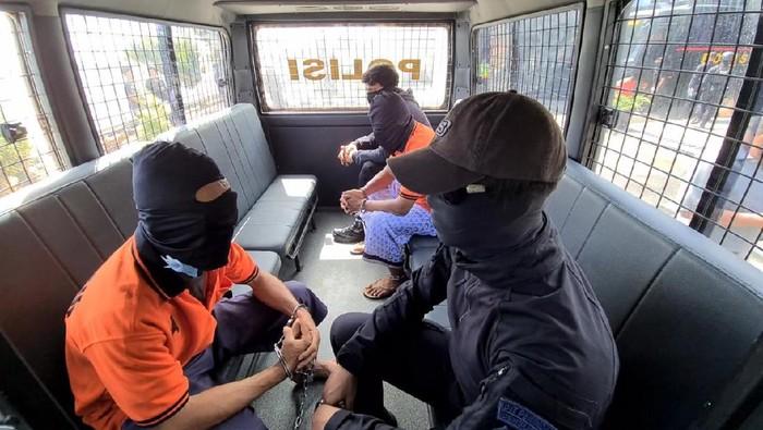 Zulkarnaen, Upik Lawanga dan 21 Terduga Teroris di Lampung Dibawa ke Jakarta
