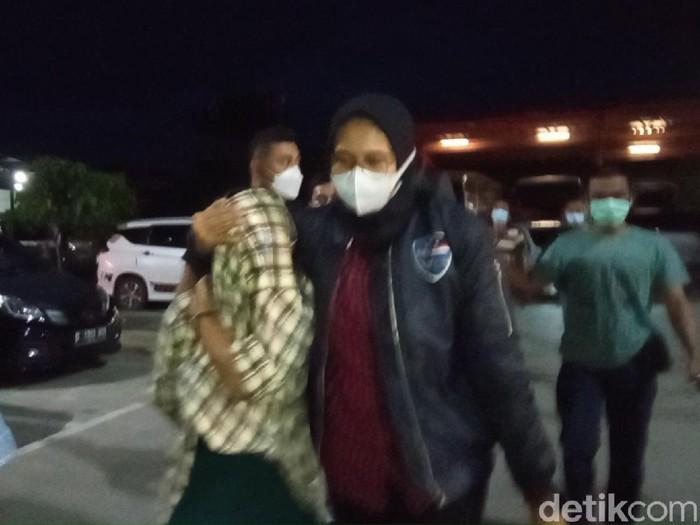 Artis TA ditangkap polisi di Bandung terkait prostitusi online